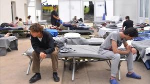 Centro de acogida de refugiados en Serbia.