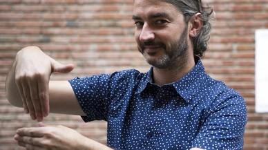 """Enric Lluch Rué: """"Estoy orgulloso de ser 'coda', un hijo de padres sordos"""""""