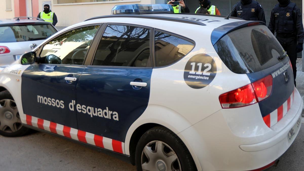 Els Mossos busquen l'autor d'un tiroteig amb dos ferits al Carmel