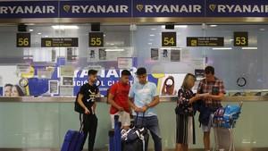 Les agències de viatge reclamen més protecció per als afectats per les vagues aèries
