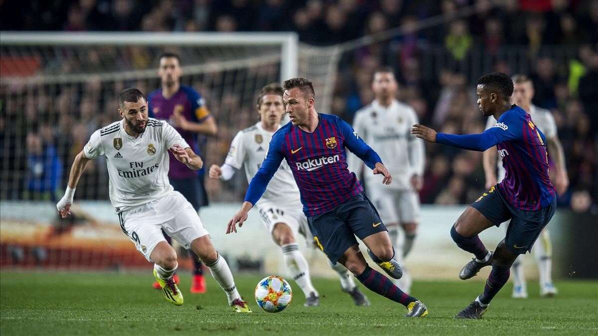 Arthur, en el partido de ida en semifinales de Copa contra el Madrid.