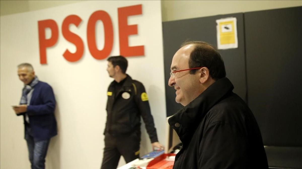 Miquel Iceta entra en el comité federal del PSOE que decidió la abstención, el pasado domingo.