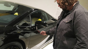 Un museo danés permitía rallar un Lamborghini Gallardo.