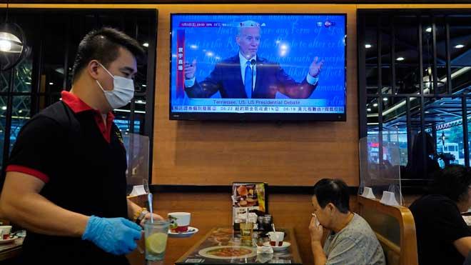 Biden ve criminal la separación de familias migrantes y Trump la defiende
