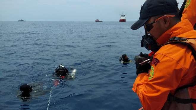 Un avió de Lion Air s'estavella a Indonèsia amb 189 persones a bord