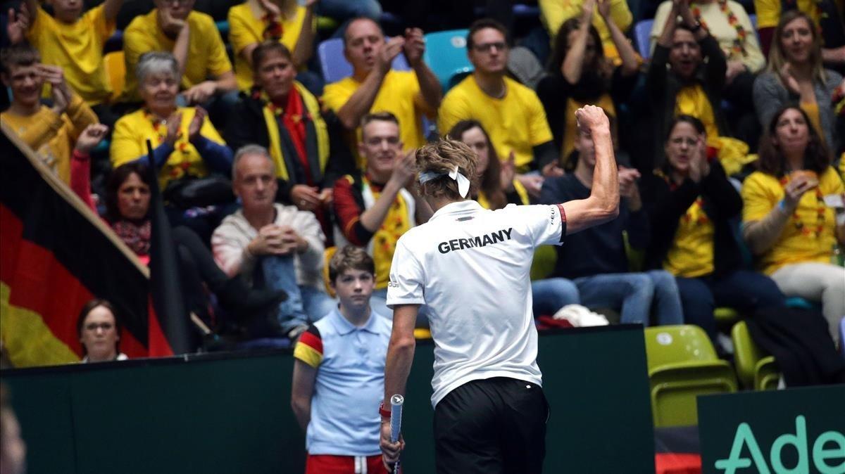 Alexander Zverev, durante su partido de clasificación para la Davis contra el húngaro Gabor Borsos.