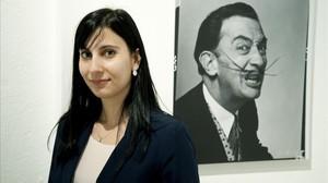 Sílvia Osuna, ganadora del Premio Fundación Princesa de Girona de Investigacion Cientifica,posa en el Museo Dalíde Figueres.
