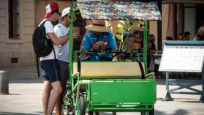 El Ayuntamiento de Barcelona ve precario el registro de bicitaxisde la ciudad, según declaraciones de la nueva concejal del Área de Movilidad, Rosa Alarcón.