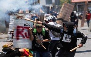 Protestas violentas en las calles de Bolivia.