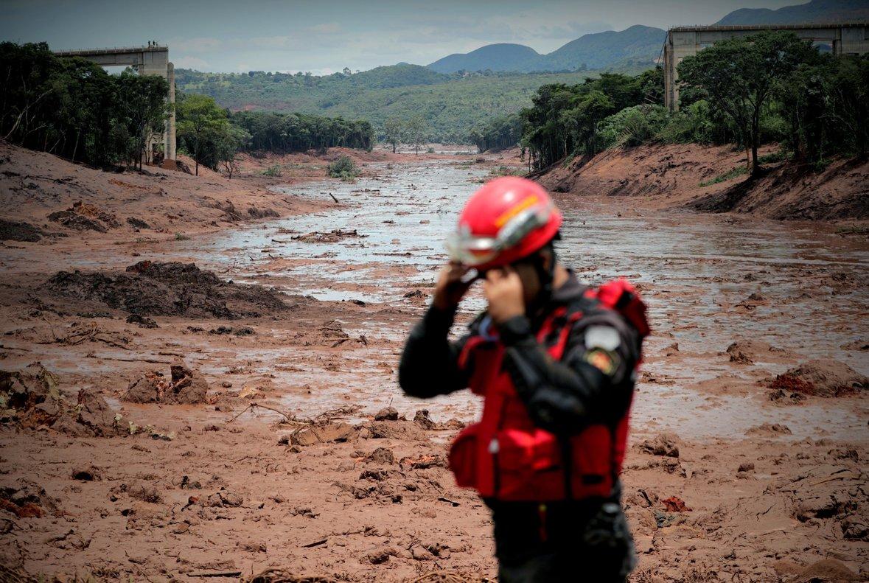Brasil: evacuaron a 200 personas cerca de otra presa en Minas Gerais