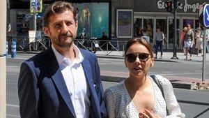 Chenoa y su novio, el urólogo Miguel Sanchez Encinas.