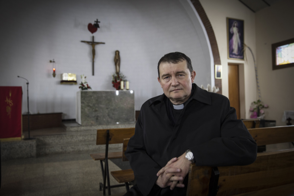 Custodio Ballester, el sacerdote de la parroquia Immaculada Concepció de LHospitalet.