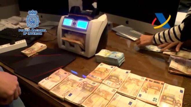 Desmantelada una trama china de blanqueo de dinero.