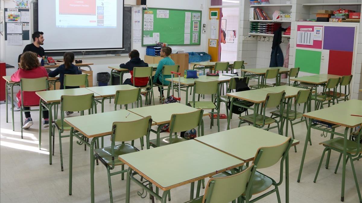 Escuela Charlie Rivel de Cubelles con la presencia de cuatro alumnos.