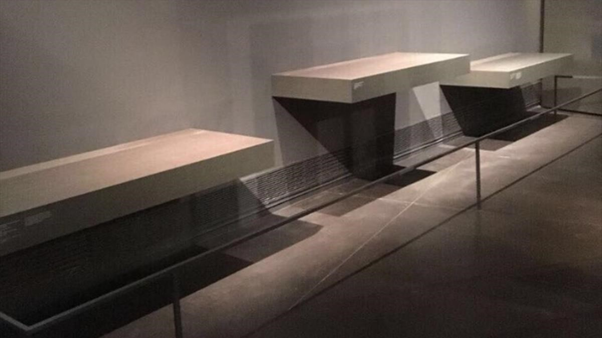 Espacio del Museu del Lleida donde estaban expuestos los féretros.