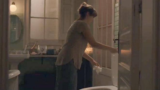 Estem creant un monstre. Campaña para evitar que se tiren toallitas al inodoro.