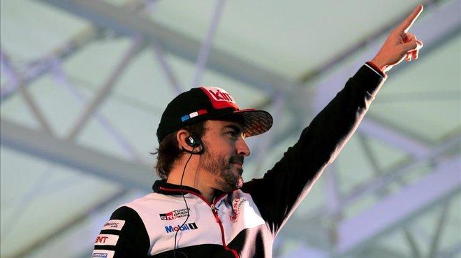 Fernando Alonso ha terminado segundo en las Seis Horas de Fuji y se mantiene lider del Mundial de resistencia.
