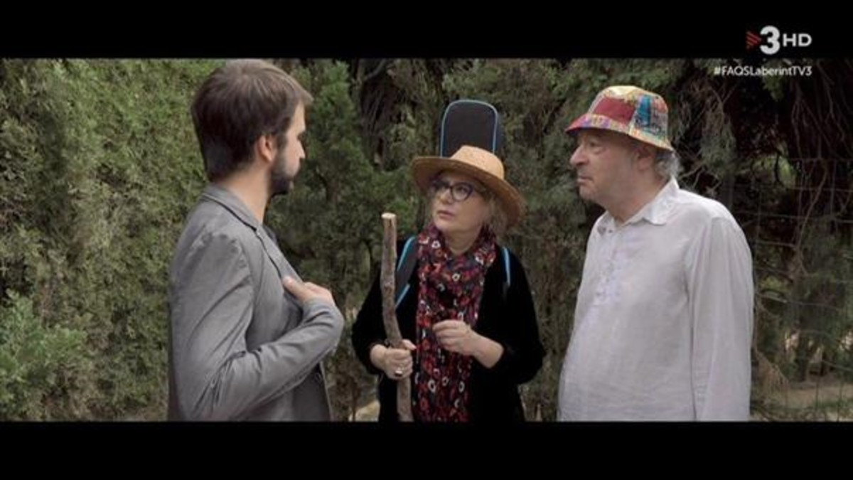 Ricard Ustrell, Marina Rossell y Jaume Sisa, en el Parc del Laberint.