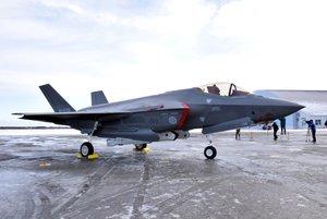 Un caza furtivo F-35A de la Fuerza de Autodefensa Aérea de Japón (JASDF). EFE