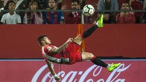 El Girona arrenca els 3 punts a Riazor (1-2)
