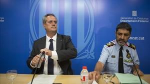 """Trapero dice que cumplirán """"con las órdenes de la Fiscalía"""" pero que """"no comparte"""" la tutela del Ministerio"""