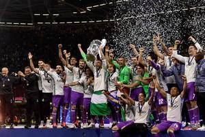 El Madrid celebra su duodécima Copa de Europa tras ganar a la Champions.