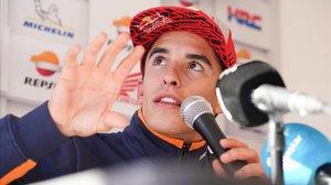 Marc Márquez explica, en el circuito de Phillip Island, su susto con Johann Zarco.