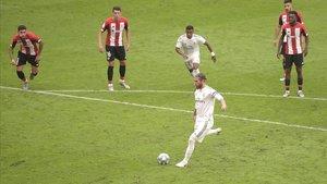 Ramos: «La Lliga no la guanyarem pels àrbitres»