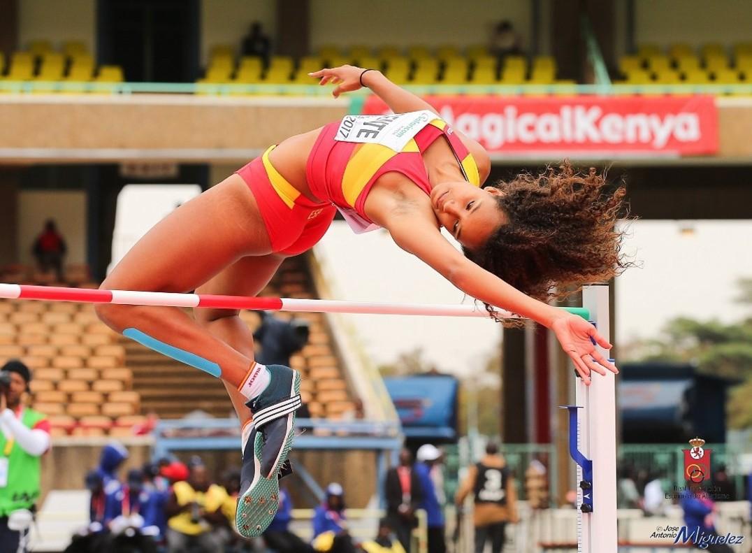 María Vicente, en la prueba de salto de altura del Mundial juvenil de atletismo en Nairobi.