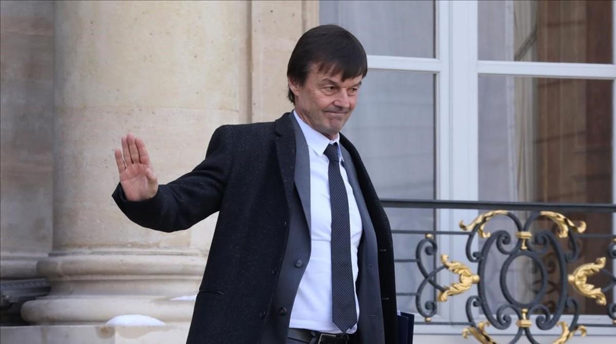 El ministro Nicolas Hulot abandona el Palacio del Elíseo.
