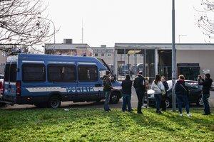 Moren sis presos enmig de motins en presons d'Itàlia pel coronavirus