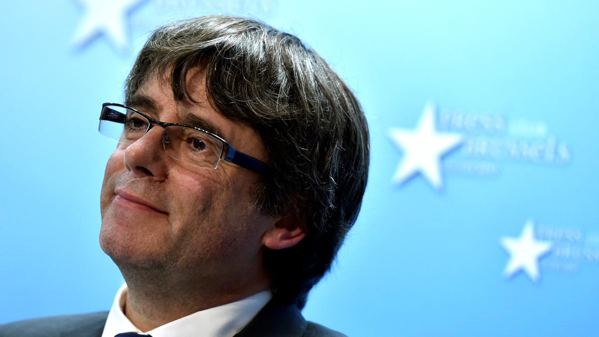 Un mosso acompañó a Puigdemont a Bruselas