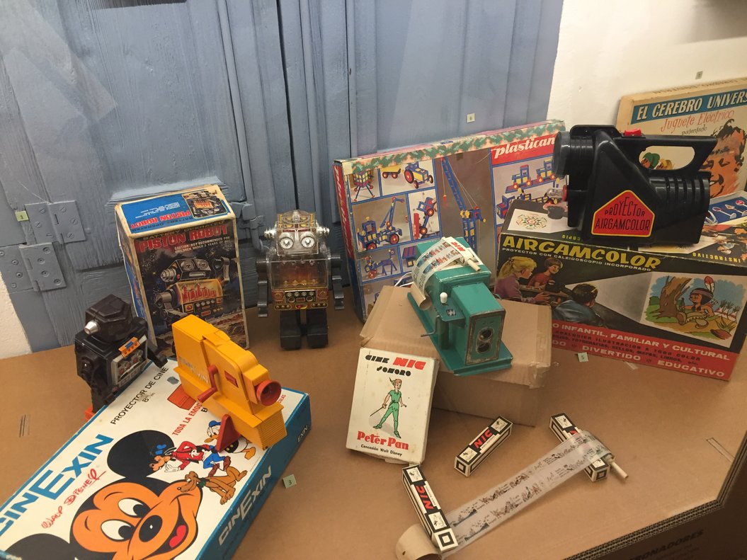 Muestra de juguetes de los sesenta y setenta en el Museo de Viladecans