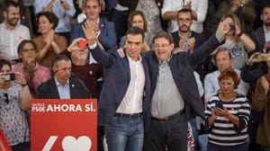 Pedro Sánchez en el acto de fin de campaña valenciana.