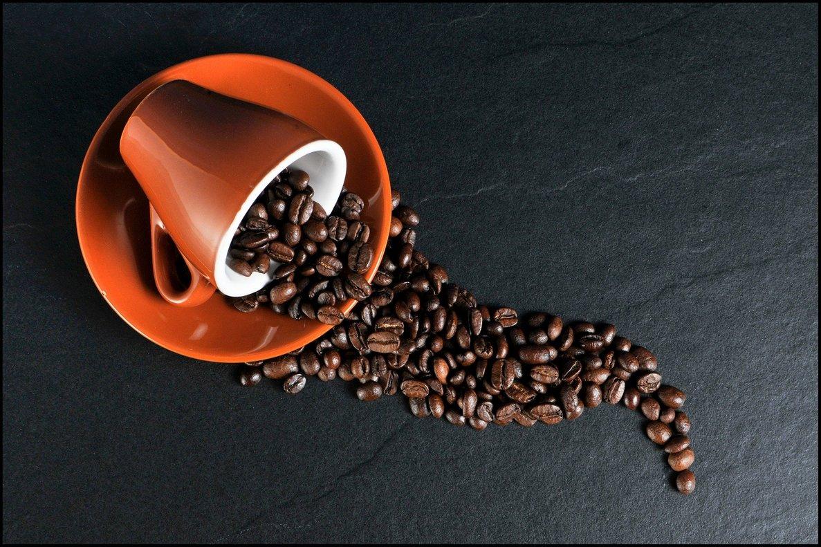 Elcultivo del caférecae en manos de 25 millones de productores de 80 países.