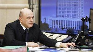 El primer ministro ruso, Mijaíl Mishustin, durante la teleconferenica en la que ha anunciado este jueves que ha contraído el covid-19.