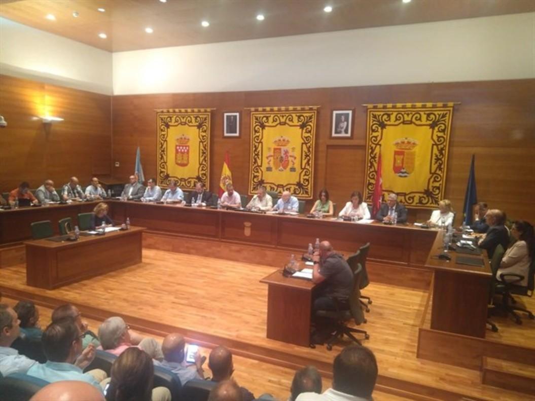 Salón de Plenos del Ayuntamiento de Arroyomolinos.