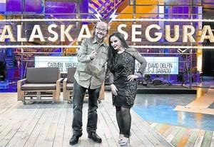 Santiago Segura y Alaska, en una imagen de la presentación de su nuevo magacín en TVE-1.