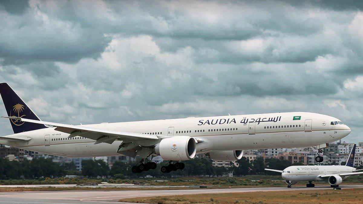 Un avió torna a la terminal perquè una passatgera ha oblidat el seu nadó