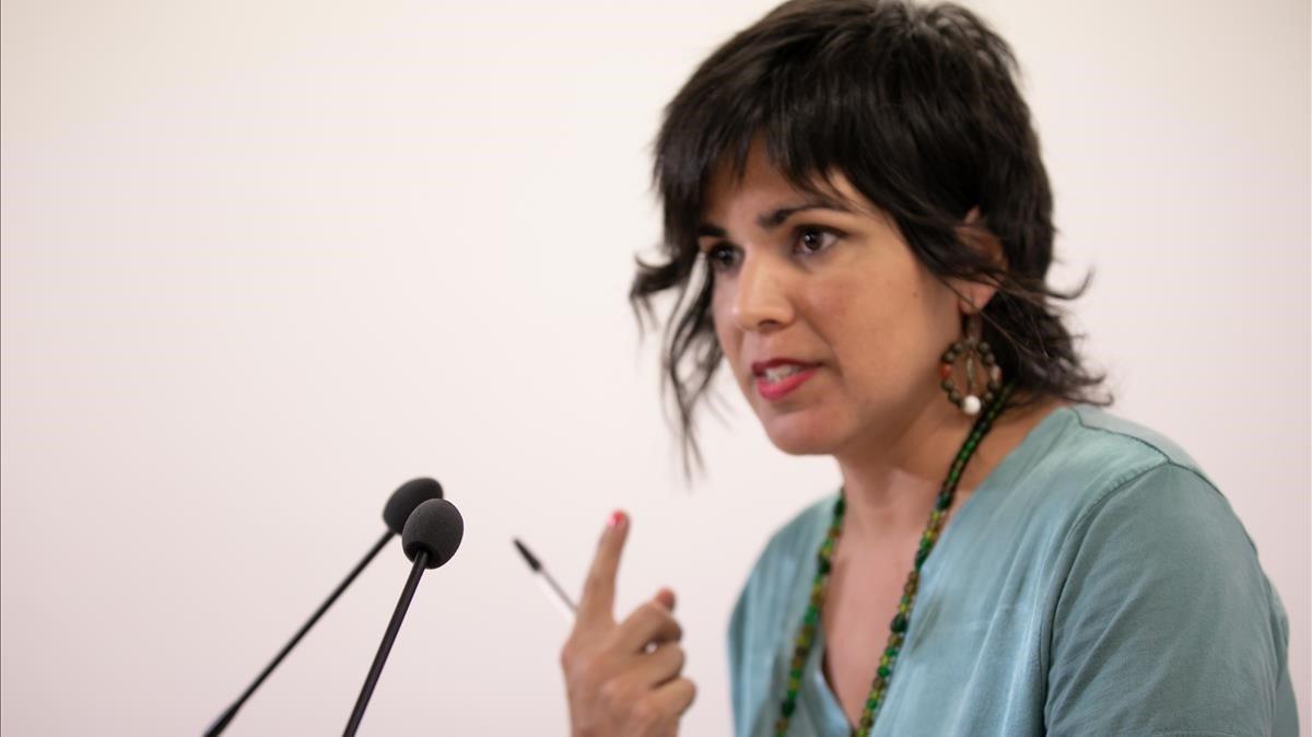 Teresa Rodríguez, durante su primera rueda de prensa tras el permiso de maternidad, en Sevilla.
