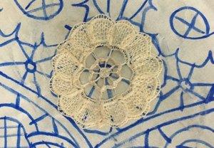 El Museu d'Història de Sabadell exposa 'Vull ser mestra', peces que Rosario Duran va confeccionar el 1912
