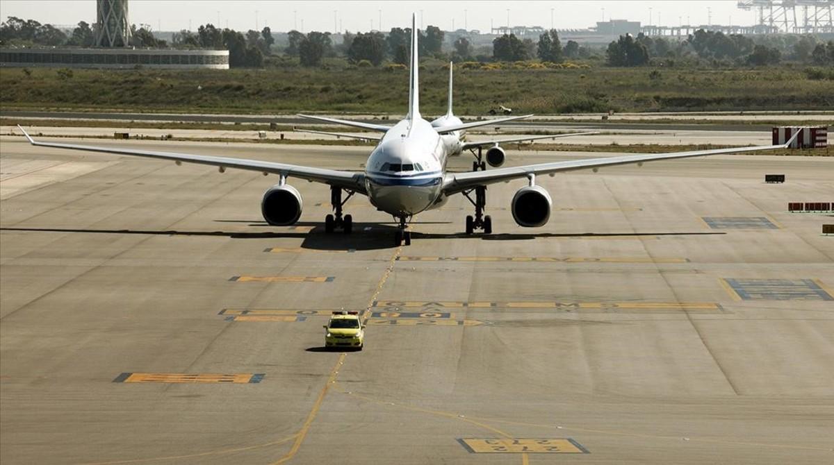 Un vuelo llegando a El Prat.