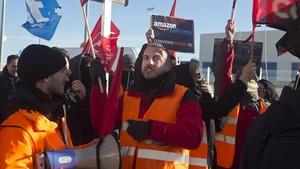 La vaga en Amazon paralitza les comandes a Madrid