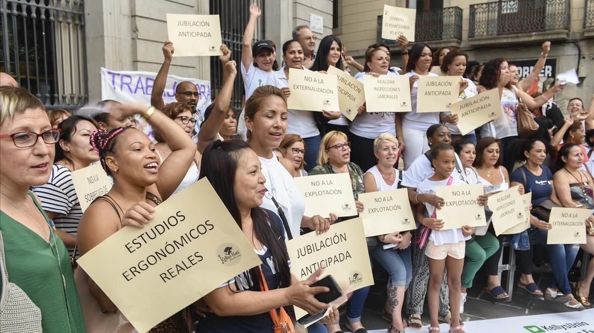 Las Kellys se han manifestado en plaza Sant Jaume