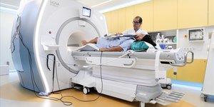 Resonancia magnética en el Hospital Clínic de Barcelona.