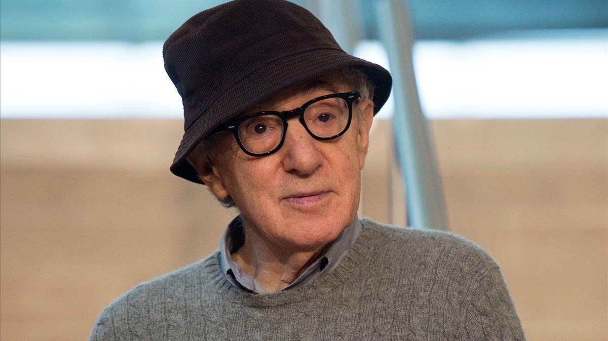 Woody Allen: «Preferiria existir en la ficció, però lamentablement existeixo en la vida real»