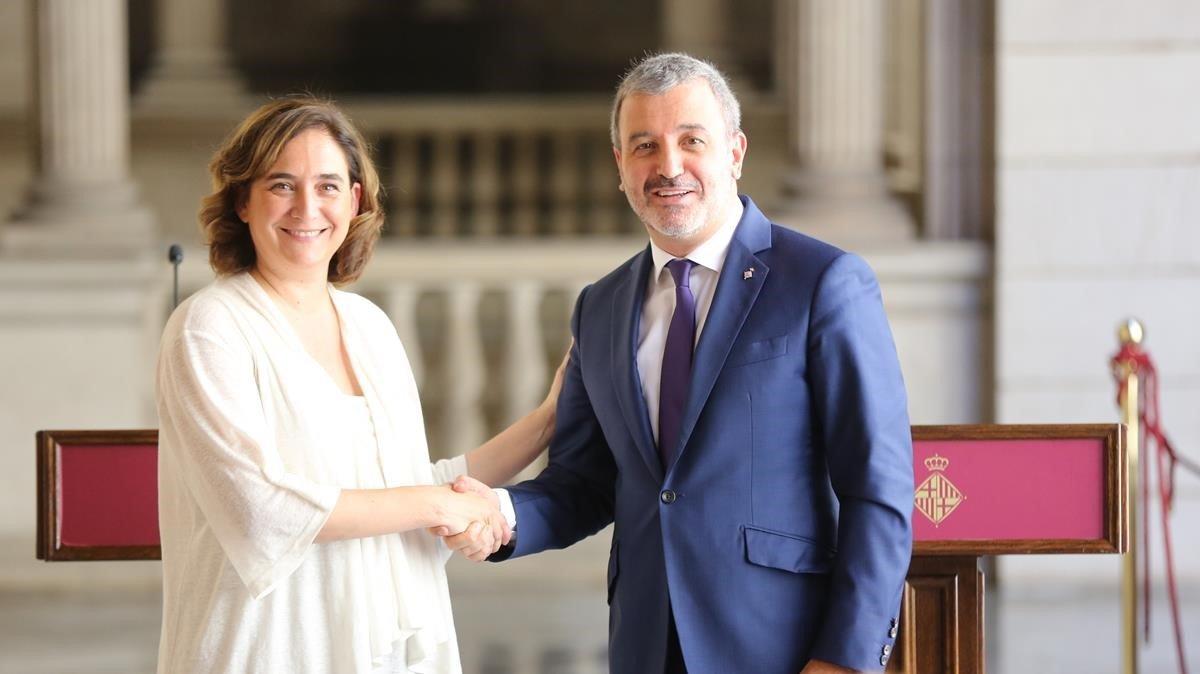 Les militàncies de BComú i el PSC avalen el seu pacte de govern a Barcelona