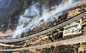 Incendio en un margen de la AP-7