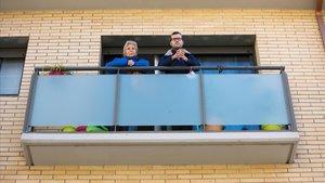 Maricarmen Iglesias y Xavier Navarro, tiene pisos alquilados propiedad de Azora.