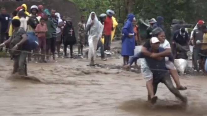 Lhuracà Matthew causa almenys 25 morts després de passar per Haití i Cuba